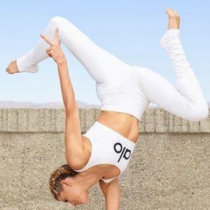 Alo Yoga HIGH-WAIST GODDESS LEGGING in white